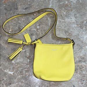 🌟💼SALE💼🌟Coach mini crossbody bucket bag